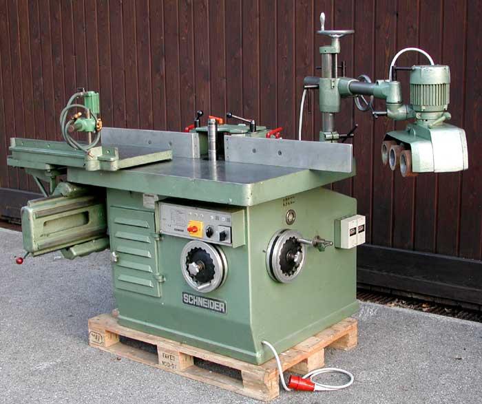 SCHNEIDER Schwenkspindel-Fräsmaschine Mod. SK 1/2 L