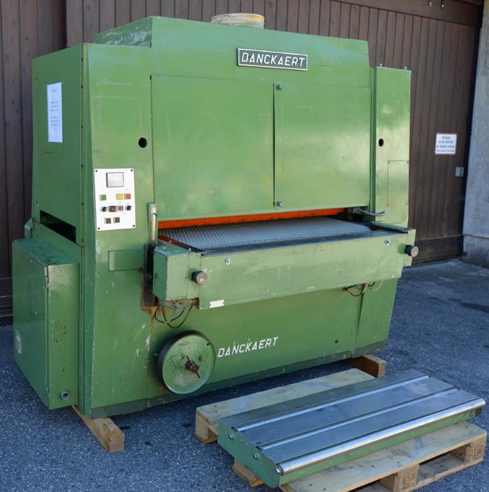 DANCKAERT Breitbandschleifmaschine, Schleifbreite 1320 mmm