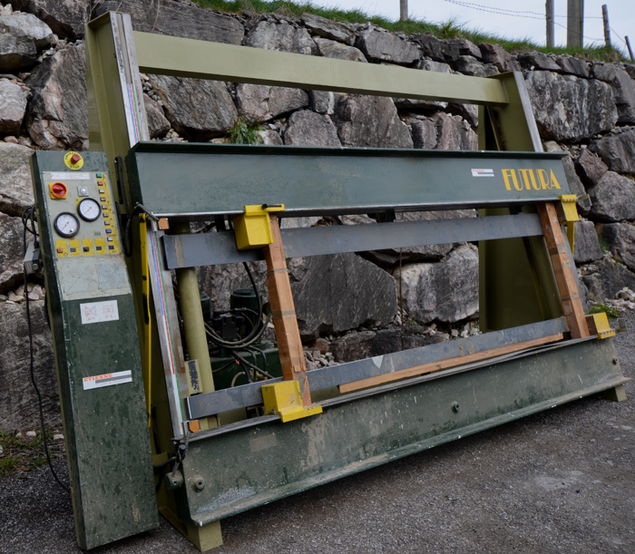 ORMA FATURA Druckbalken Rahmenpresse Elektrohydraulisch Mod. SU Fatura 30/17