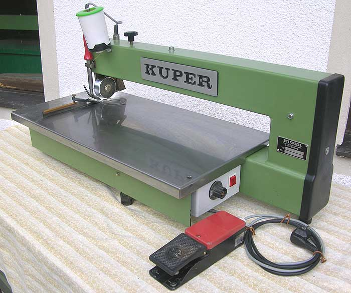 KUPER Furnierzusammensetzmaschine Mod. FW/M-630