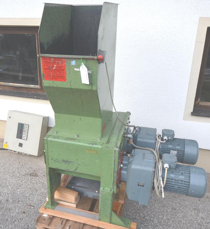 UNTHA Holzzerkleinerer Mod. RS30-4-S 15 kW