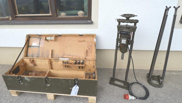 MAFELL Zweigang- Zimmerei Handbohrmaschine m. 2 Bohrgestellen Mod. EB